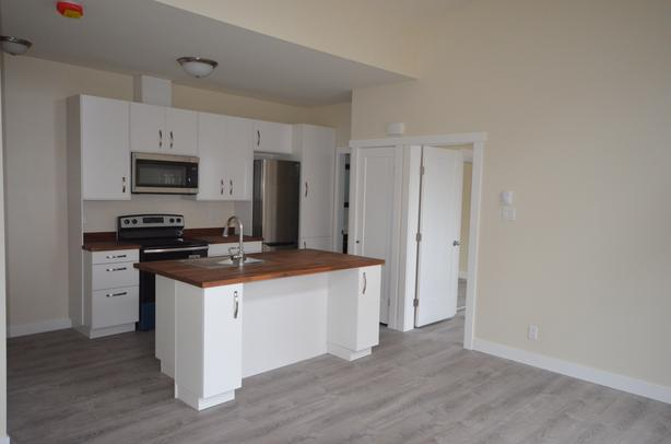 *INCENTIVE* 2 Bedroom Apartment next to Jubilee Hopsital!