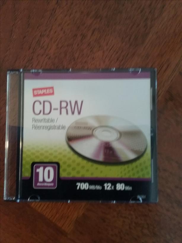 9 CD-RW, 5 CD-R, and 1 DVD+R
