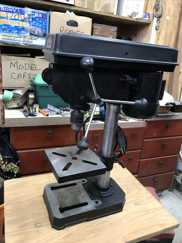 "5 speed , 1/2"" chuck bench drill press"