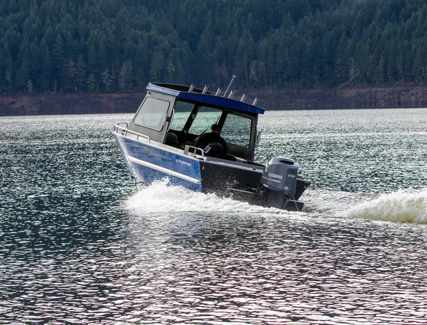 Experienced Marine Outboard Mechanic