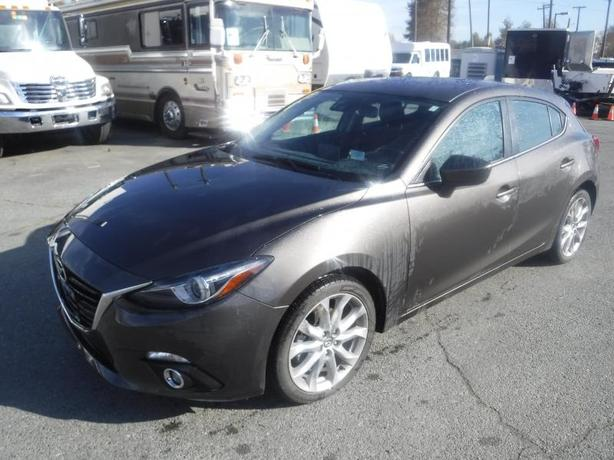 2014 Mazda 3 Grand Touring AT 5-Door with Technology Package