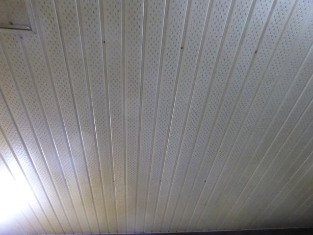 10' lengths of soffit