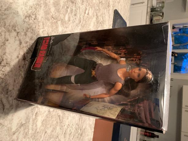 Barbie Tomb Raider Lara Croft new Black Label