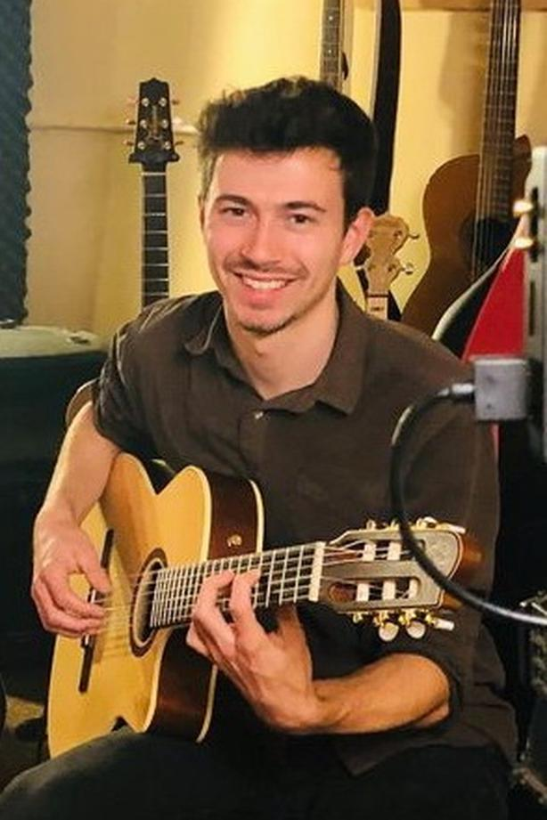 Professional Guitar Lessons Online - Acoustic, Electric, Bass - B.Mus.