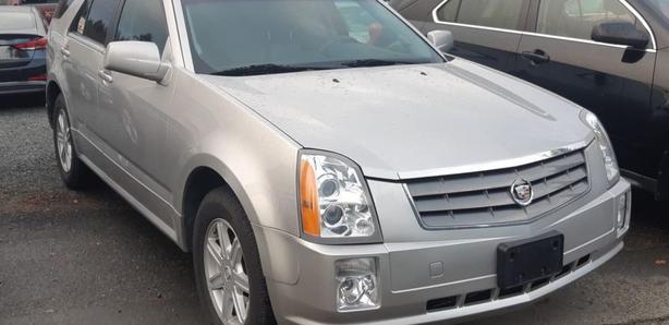 2005 Cadillac SRX Black Creek Motors