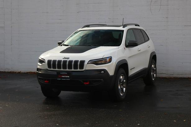 2019 Jeep Cherokee Trailhawk 4X4 - LOCAL BC SUV - NO ACCIDENTS!