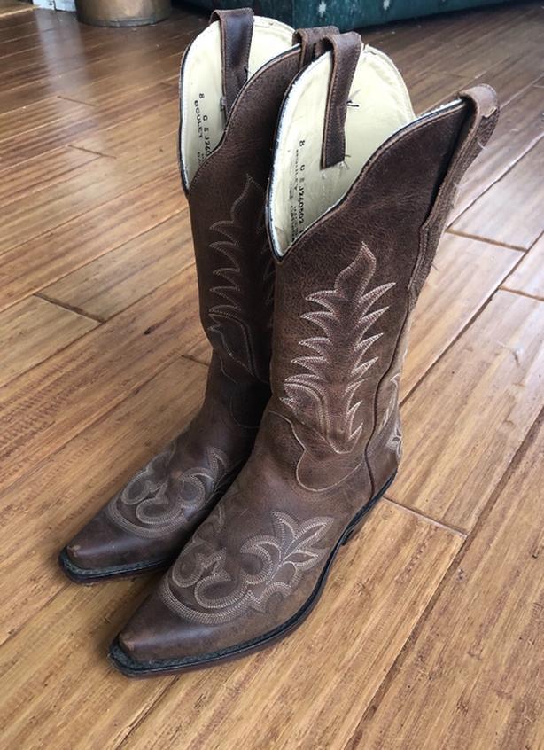 Boots, Boulet