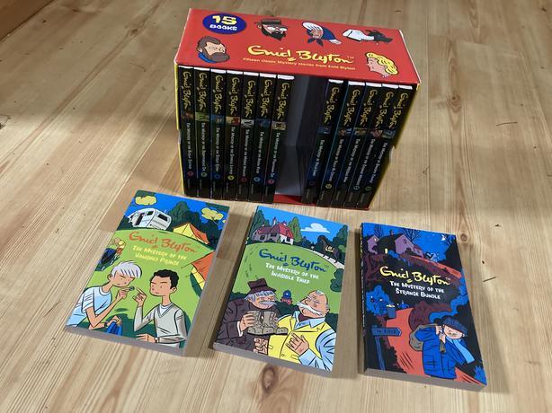 15 Enid Blyton Children's Books