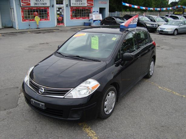 2012 Nissan Versa with Only 136000 KM !!!