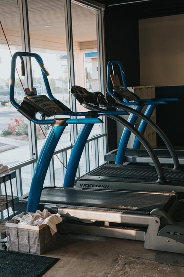 WANTED: Treadmill, minimum 2.25hp and 9% incline