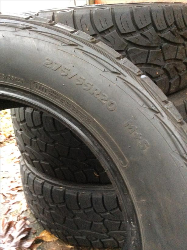275/55R20  M&S tires