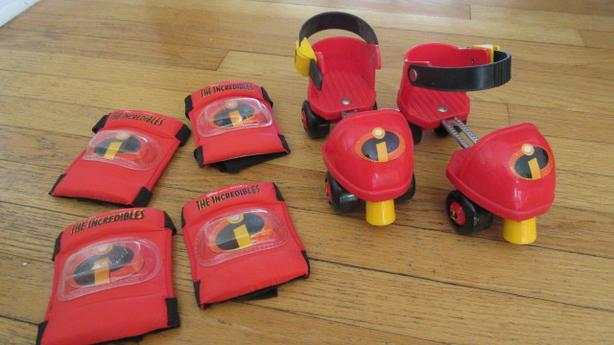 Adjustable Incredibles child roller skates