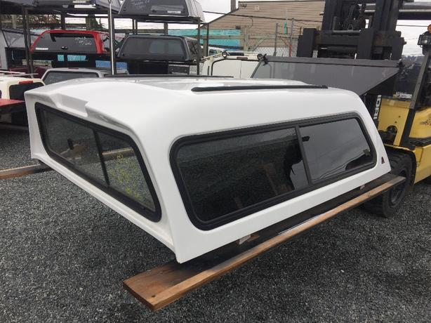CANOPY FOR A 6.6 CHEV