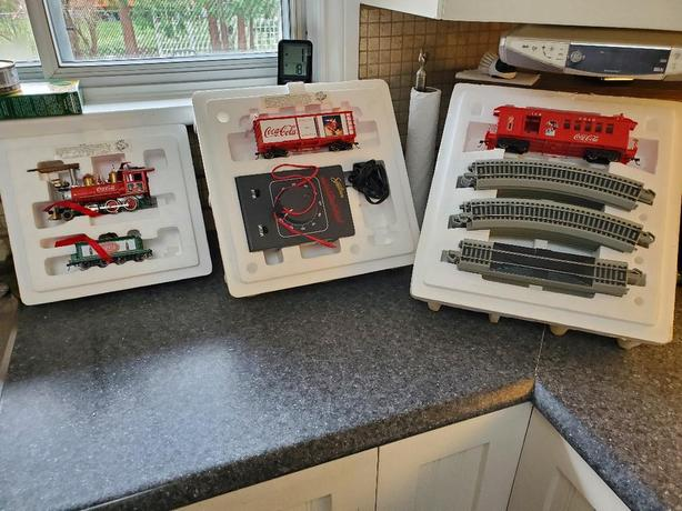Hawthorne Village Christmas Coca Cola Train Set
