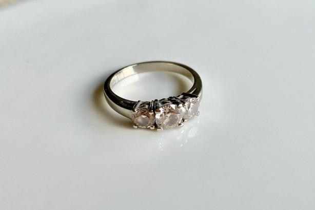 Gorgeous 14kt White Gold with 3 Diamonds