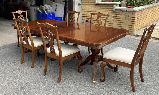 Chippendale 10 Piece Dining Suite