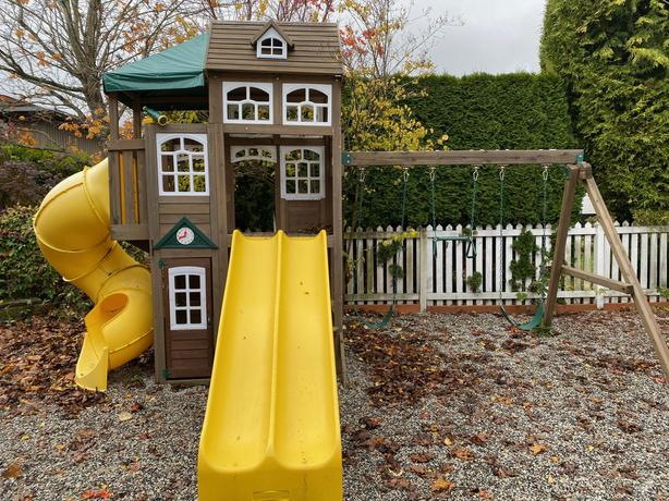 Lookout Lodge Play set