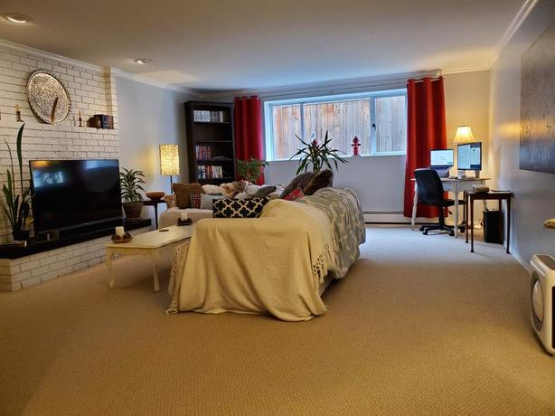 Beautiful furnished one-bedroom suite - INCLUSIVE