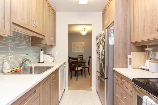 Large and beautiful 2 bedroom condo available immediately