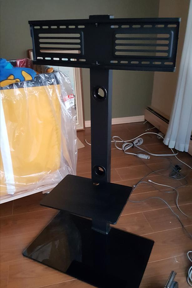 TV stand for large TVs
