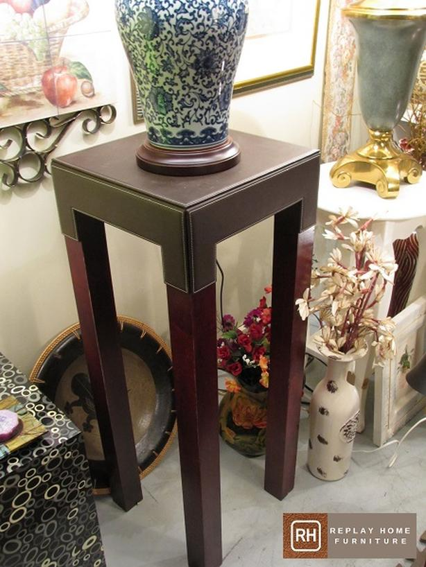 Urban Style Pedestal / Plant Stand