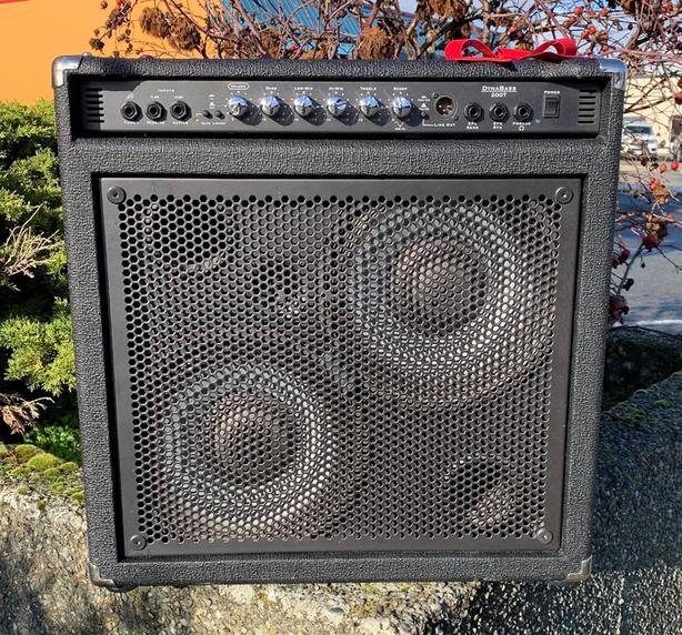 Traynor DynaBass 200T Bass Guitar Amp