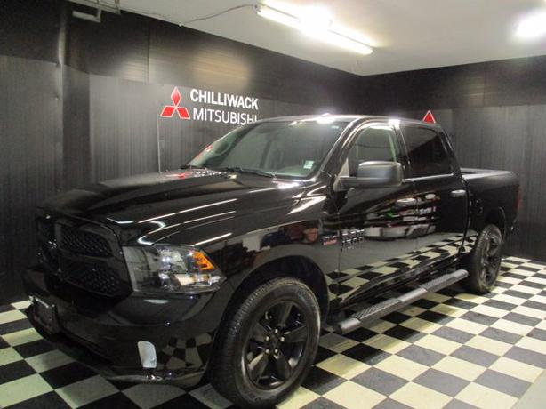 Pre-Owned 2019 Ram 1500 Classic Express 4WD Crew Cab Pickup