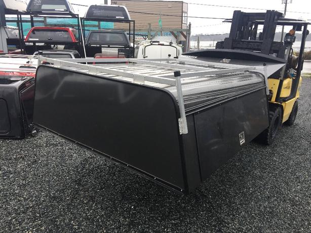 COMMERCIAL CANOPY FOR A FORD SUPER DUTY 7FT