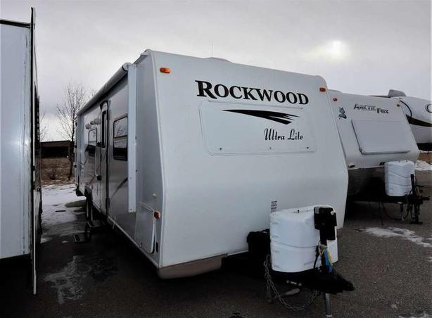 2011 Forest River ROCKWOOD 2702SS
