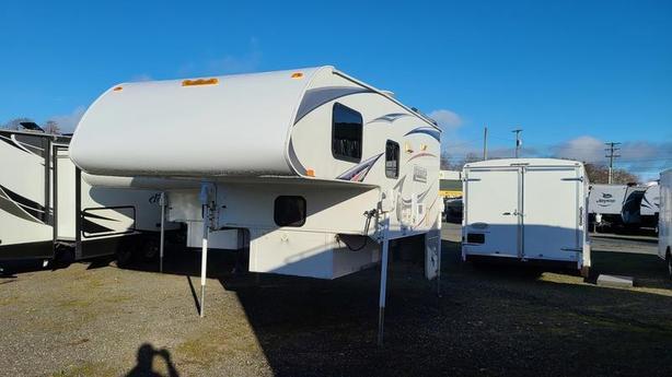 2011 Lance Camper 950