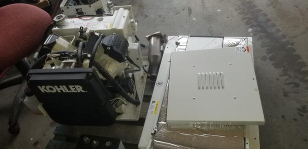 5KV KOHLER MARINE GENERATOR  MAY HAVE 10 HRS USE REFER TO PICS
