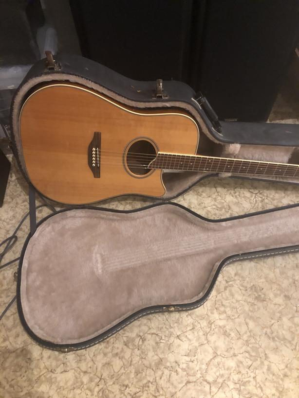 Washburn Guitar, Fender Amp & Microphones