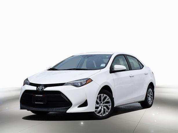 2017 Toyota Corolla 4dr Sdn CVT LE FWD