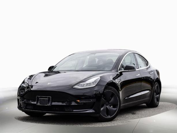2018 Tesla Model 3 LONG RANGE - Local, 1 owner - LEASE Available RWD