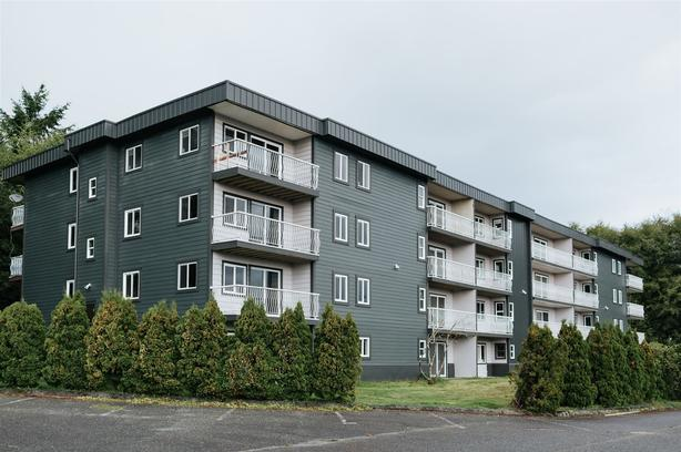 One and Two BR Beautifully Renovated Apartments - Starting at $850