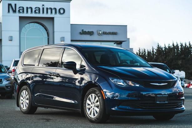 Used 2018 Chrysler Pacifica L One Owner No Accidents Van Passenger Van
