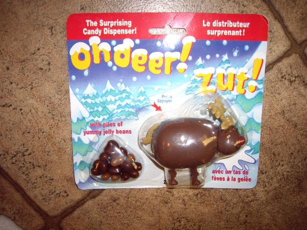 DEER CANDY DISPENSER CARDED