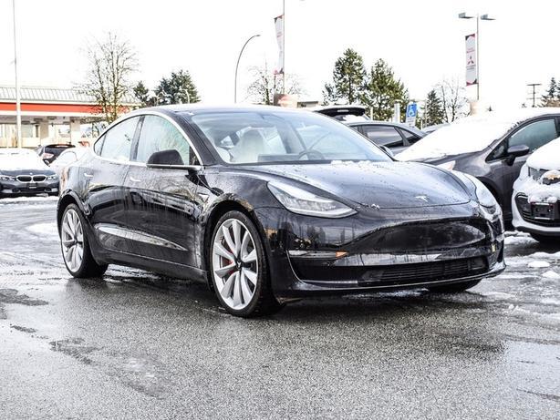 2018 Tesla Model 3 Performance. Full self drive option! 1 owner.. AWD
