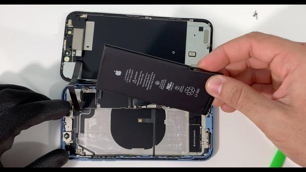 Get your iPhone XR Battery replaced, Top-quality guaranteed