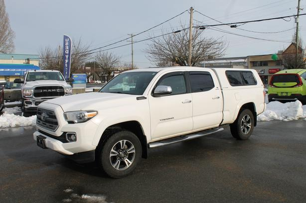 Used 2016 Toyota Tacoma Limited Truck