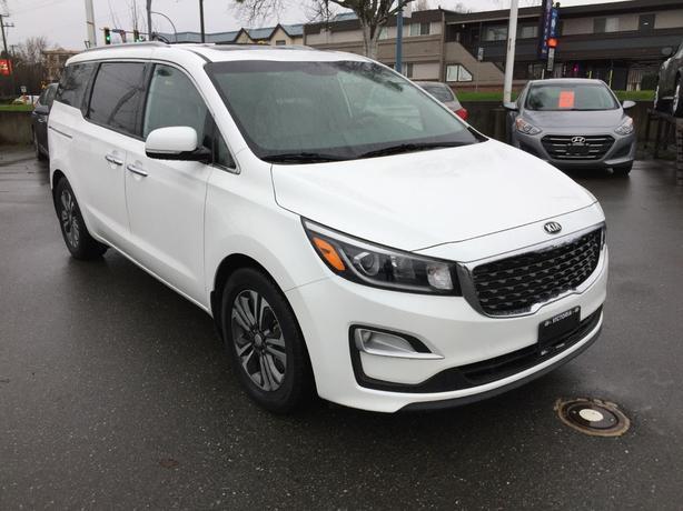Pre-Owned 2019 Kia Sedona SX Front Wheel Drive Minivan/Van