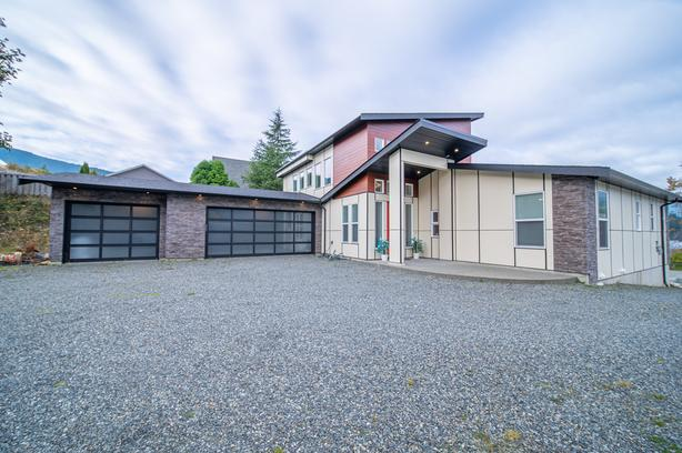 378 Point Ideal Drive- For Sale