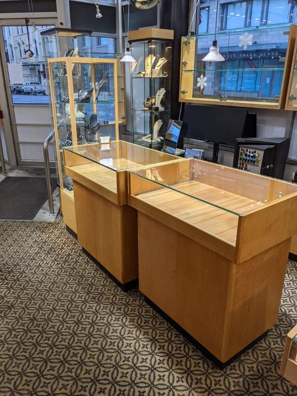 Display Cabinets / Glass Showcases - $3,995 (Victoria)