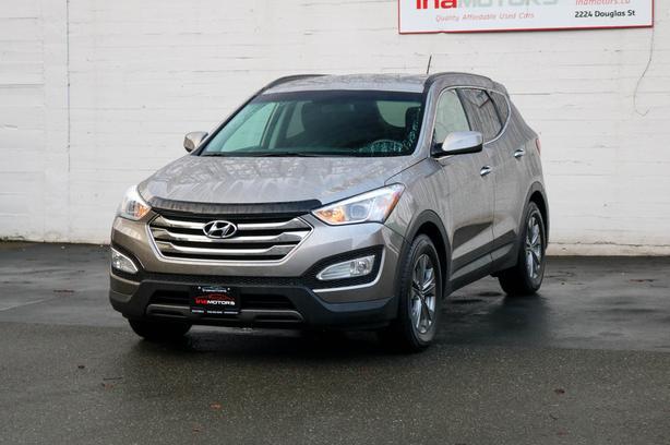 2016 Hyundai Santa Fe Sport Premium AWD - NO ACCIDENTS!