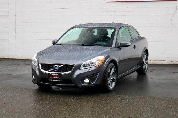 2013 Volvo C30 T5 - LOW KMS - LOCAL BC HATBK!