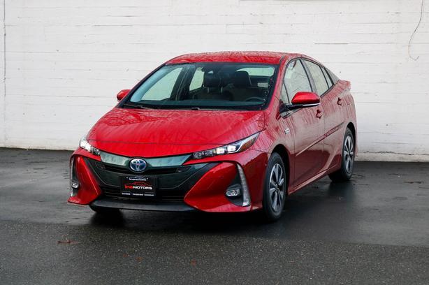 2018 Toyota Prius Prime Hybrid - LOCAL BC HATBK - NO ACCIDENTS!