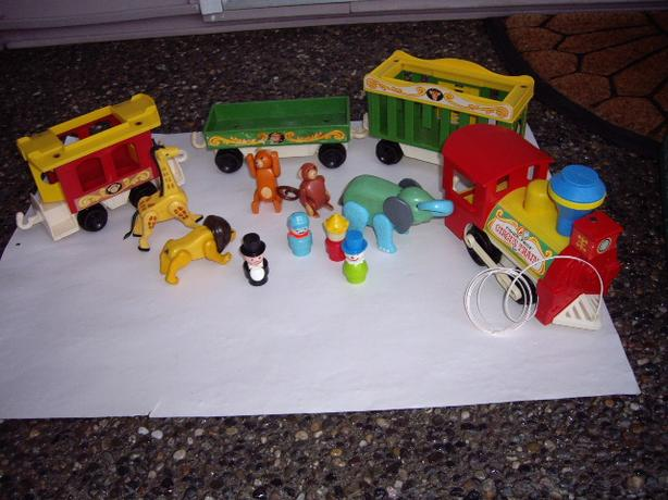 FISHER PRICE VTGE CIRCUS TRAIN