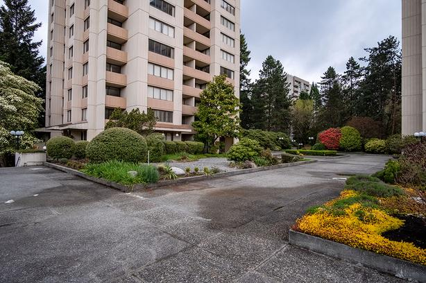 1 MONTH FREE RENT + $500 CREDIT! 1BR/1BA Burnaby (Montecito), CATS OK