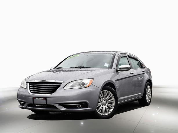 2013 Chrysler 200 FWD