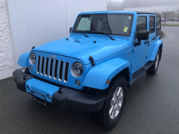 Pre-Owned 2017 Jeep Wrangler Unlimited Sahara 4WD Convertible